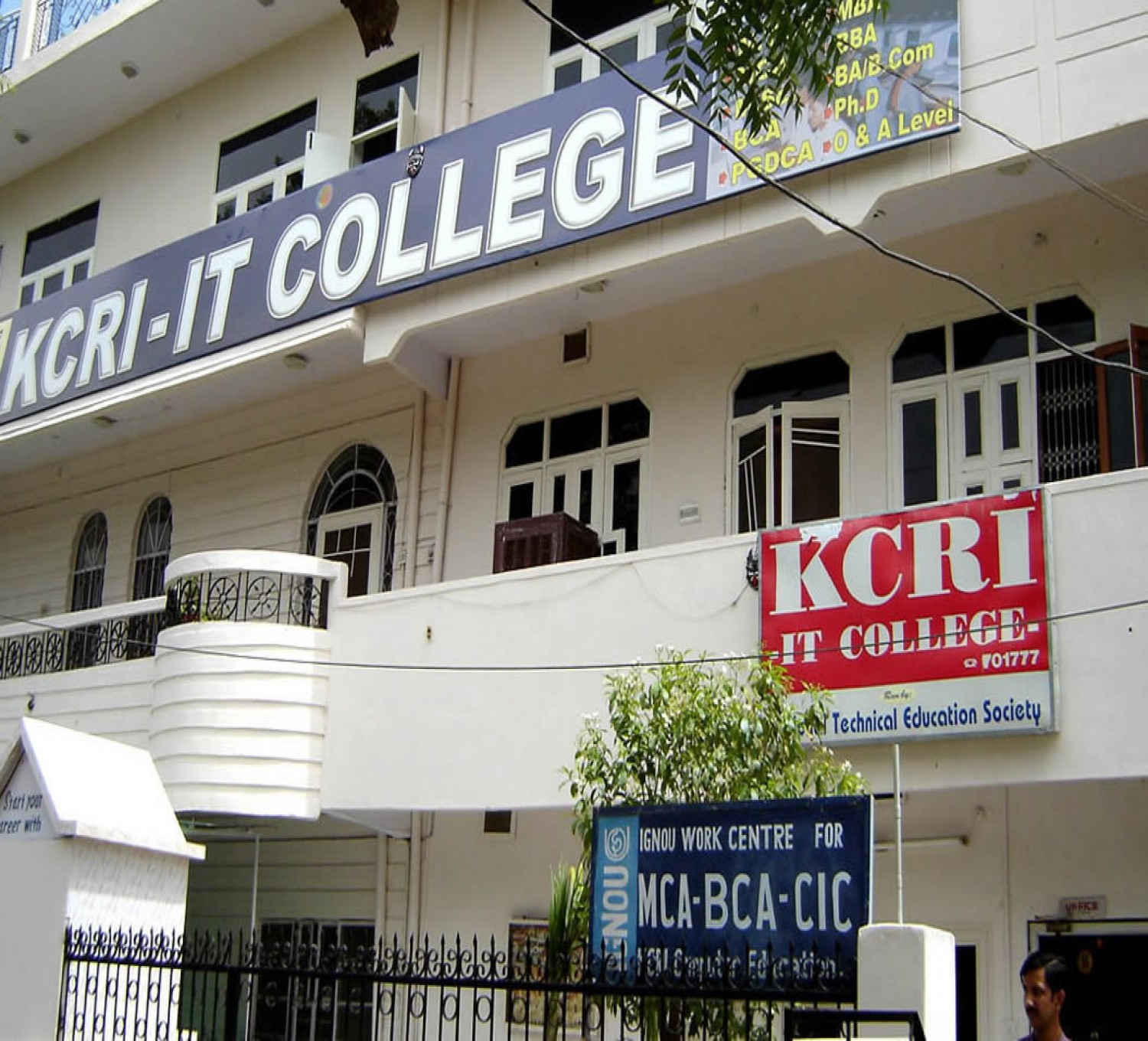 Kcri It College-cover